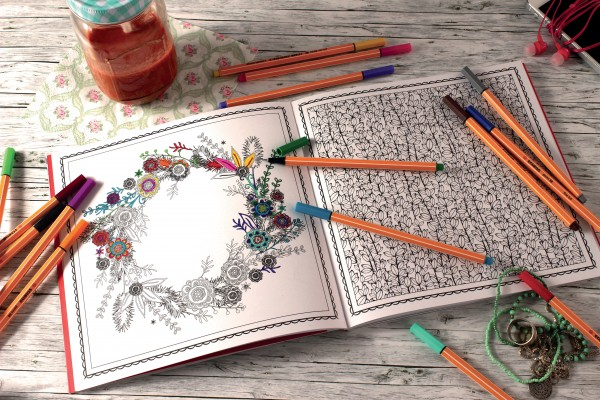 STABILO Kreative Auszeit Blüten & Mandalatraum