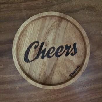 """Holzpost Glasuntersetzer EICHE 11,2 cm """"Cheers"""""""